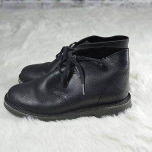 Clarks Originals Black Leather Kids Chukka Boots